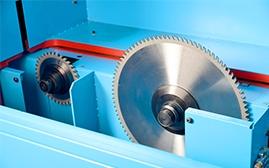 电脑裁板锯被广泛运用是因为以下几个方面的特点